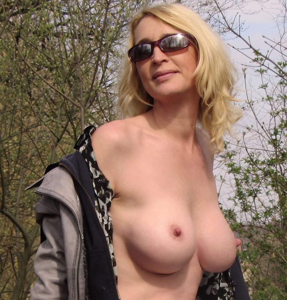 http://img24.rajce.idnes.cz/d2402/13/13133/13133717_9c6391c5702f90347cd7f2ea12218ba5/images/114.jpg