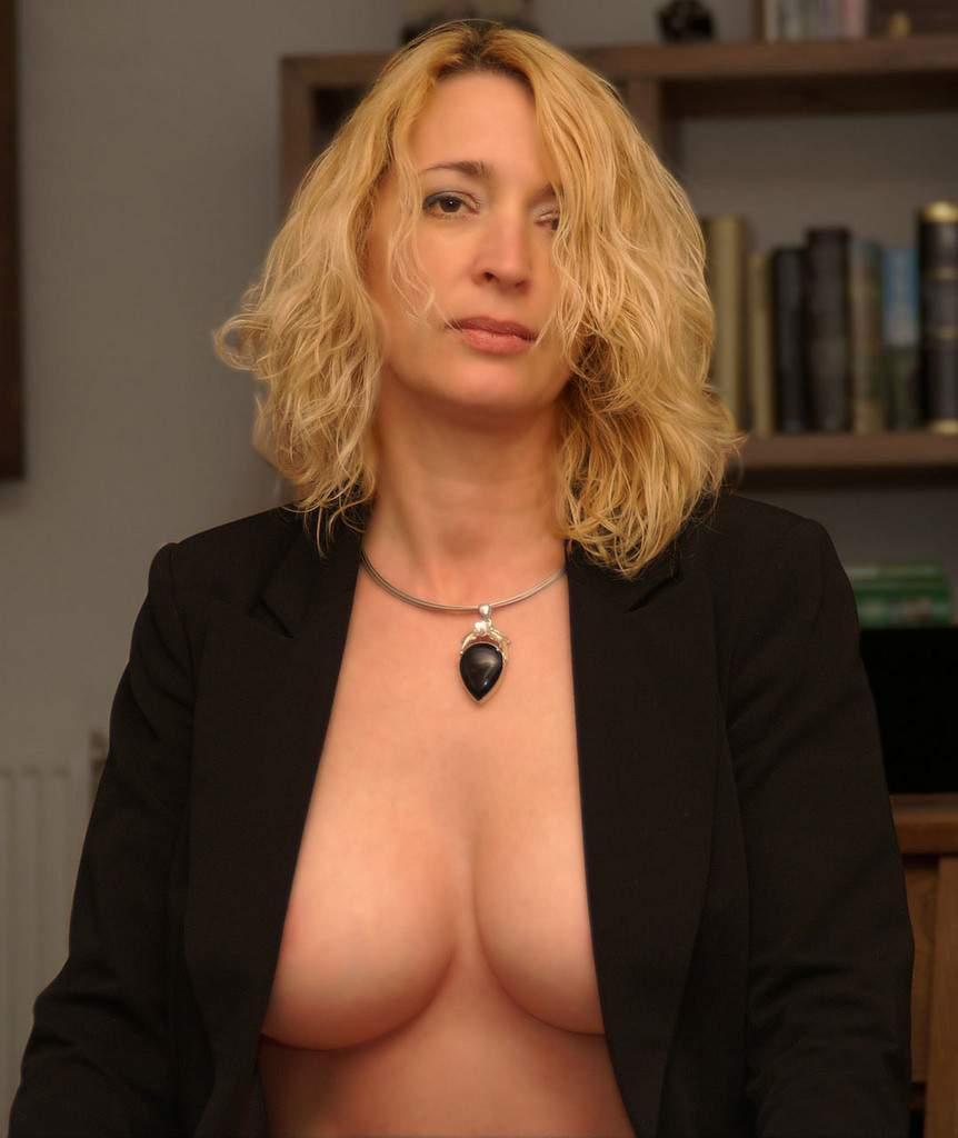 http://img24.rajce.idnes.cz/d2402/13/13133/13133717_9c6391c5702f90347cd7f2ea12218ba5/images/131.jpg