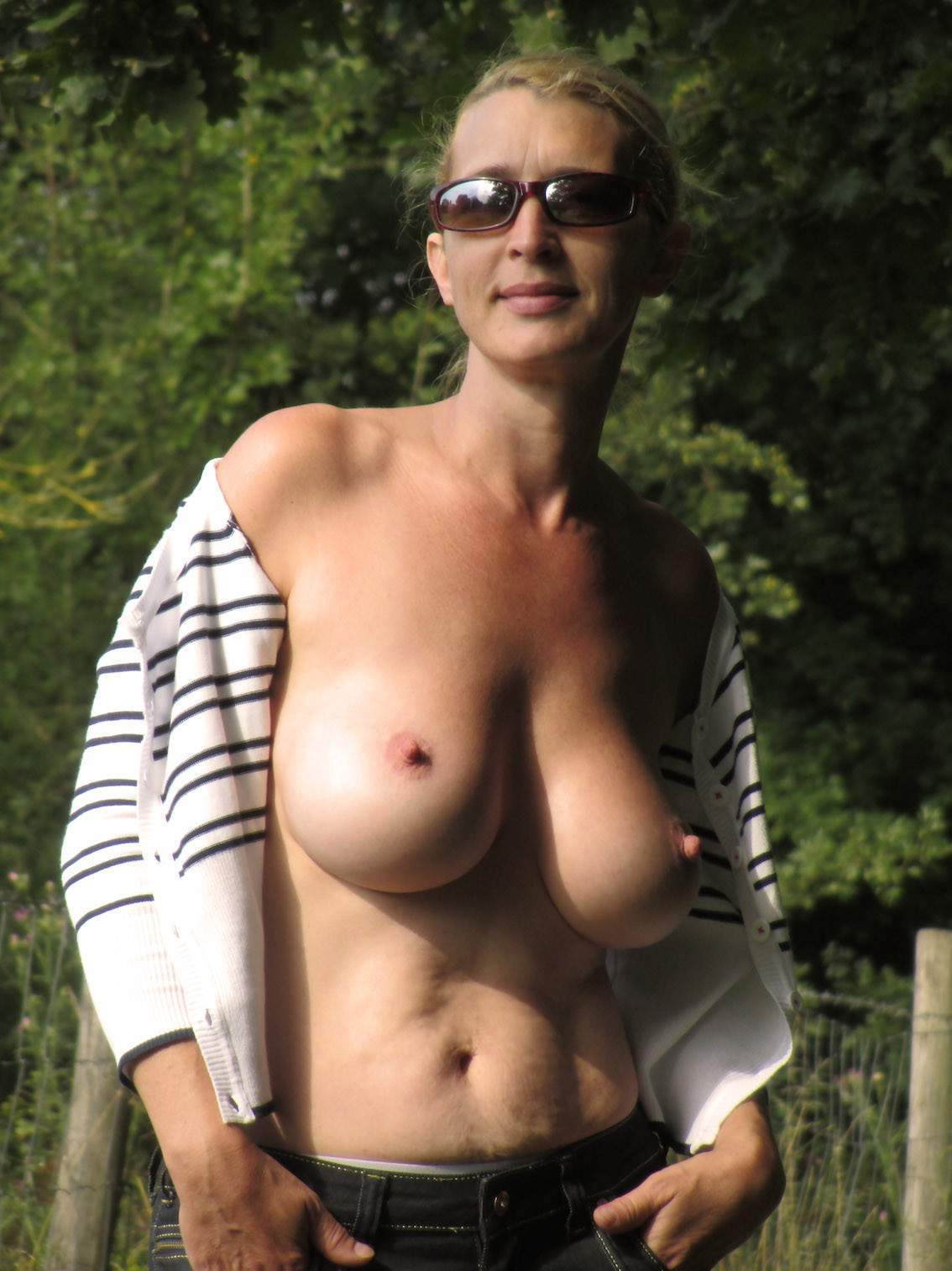 http://img24.rajce.idnes.cz/d2402/13/13133/13133717_9c6391c5702f90347cd7f2ea12218ba5/images/181.jpg
