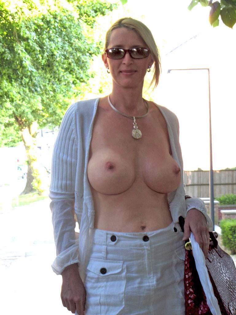 http://img24.rajce.idnes.cz/d2402/13/13133/13133717_9c6391c5702f90347cd7f2ea12218ba5/images/190.jpg