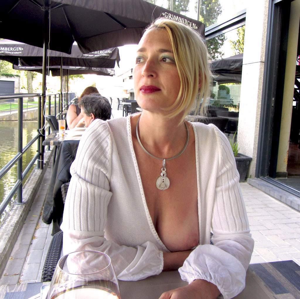 http://img24.rajce.idnes.cz/d2402/13/13133/13133717_9c6391c5702f90347cd7f2ea12218ba5/images/196.jpg