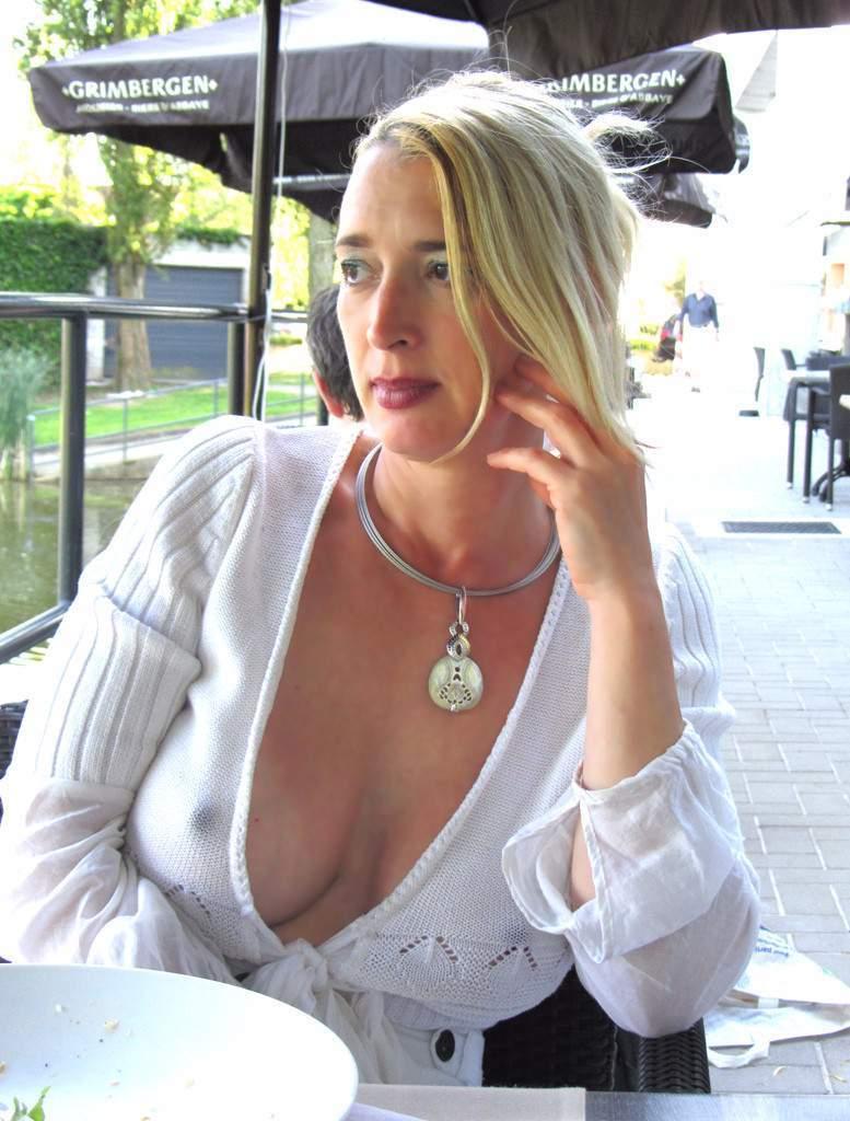 http://img24.rajce.idnes.cz/d2402/13/13133/13133717_9c6391c5702f90347cd7f2ea12218ba5/images/202.jpg