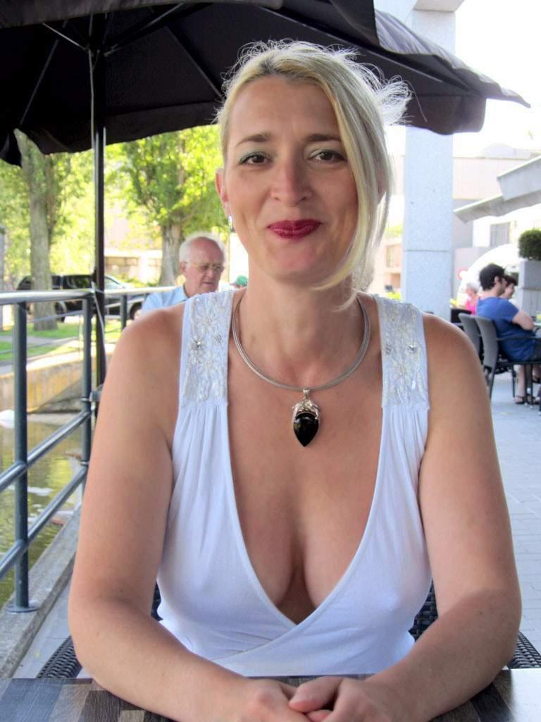 http://img24.rajce.idnes.cz/d2402/13/13133/13133717_9c6391c5702f90347cd7f2ea12218ba5/images/203.jpg
