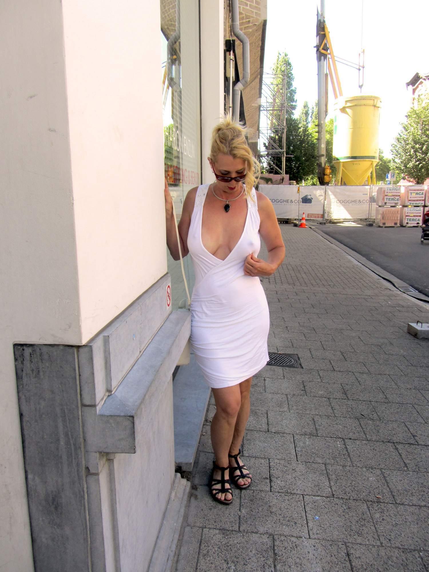 http://img24.rajce.idnes.cz/d2402/13/13133/13133717_9c6391c5702f90347cd7f2ea12218ba5/images/64.jpg