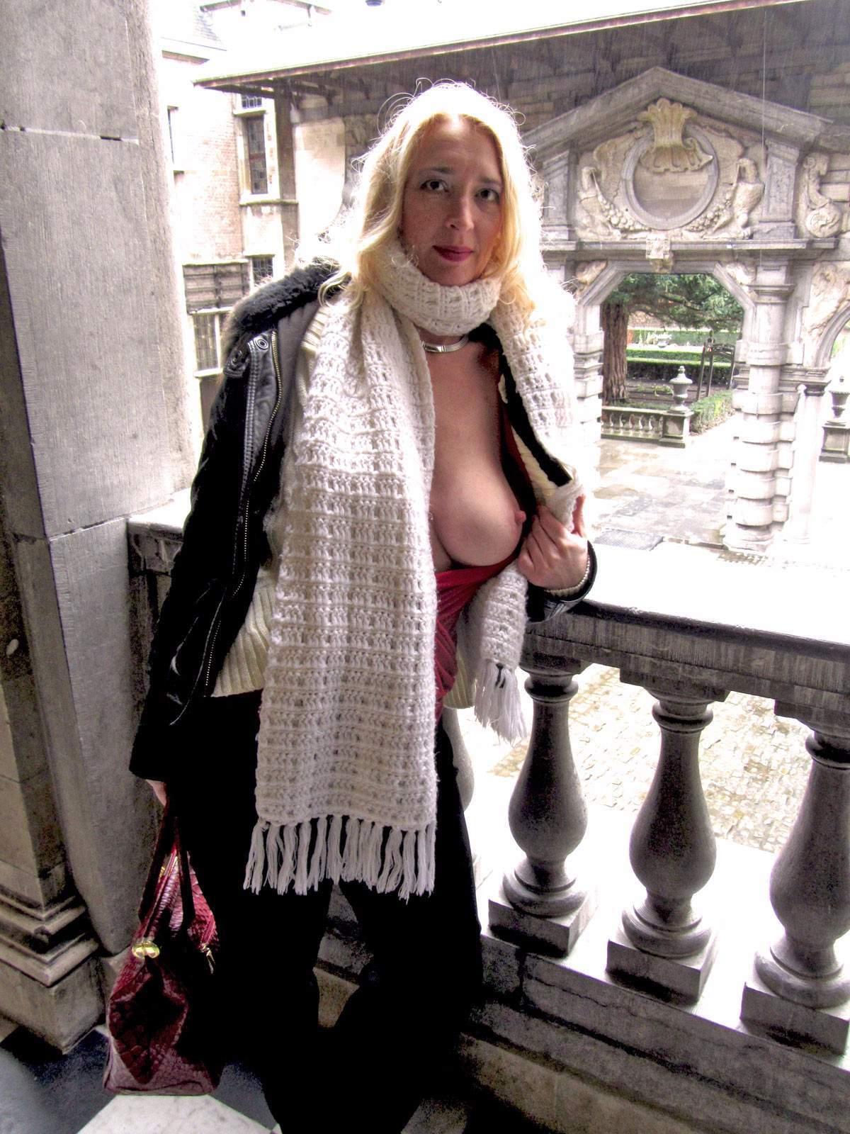 http://img24.rajce.idnes.cz/d2402/13/13133/13133717_9c6391c5702f90347cd7f2ea12218ba5/images/90.jpg