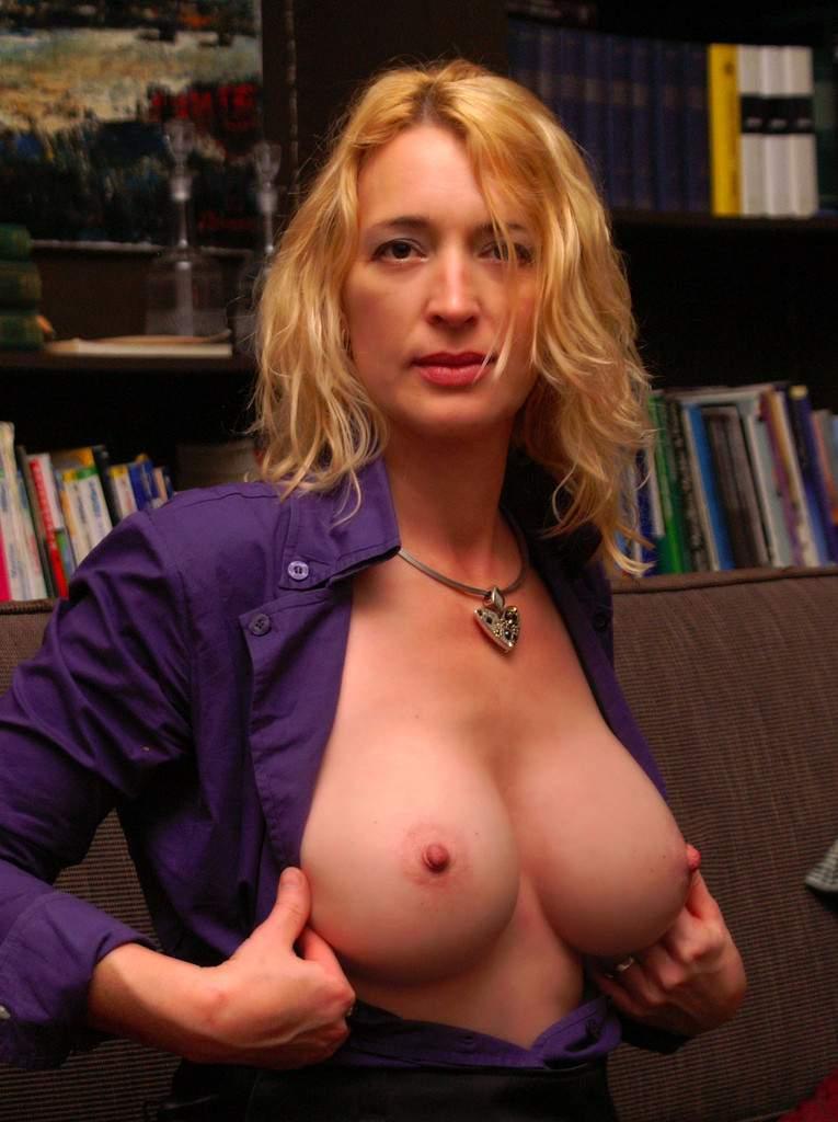 http://img24.rajce.idnes.cz/d2402/13/13133/13133717_9c6391c5702f90347cd7f2ea12218ba5/images/91.jpg