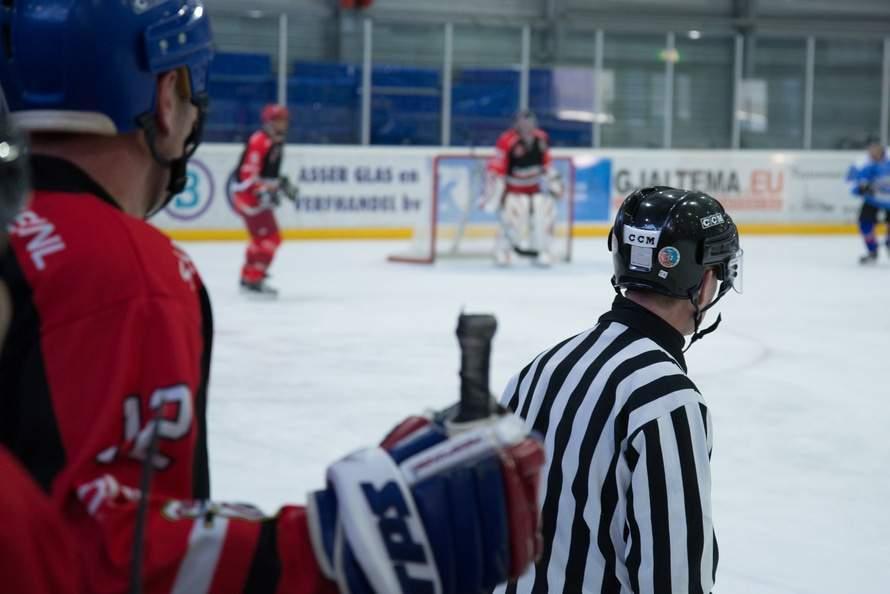 Hokejové utkání (ilustrační snímek)