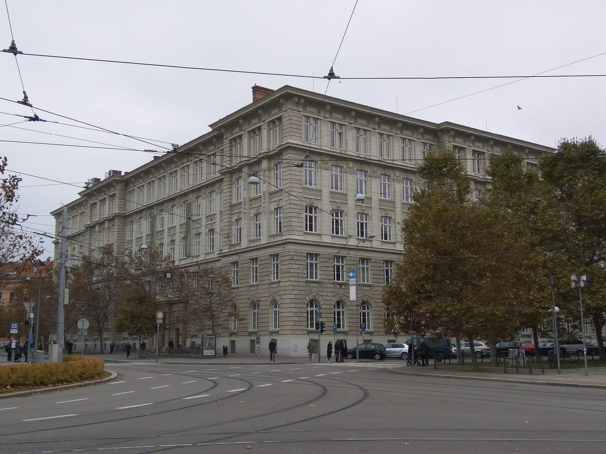 Budova Fakulta sociálních studií Masarykovy univerzity