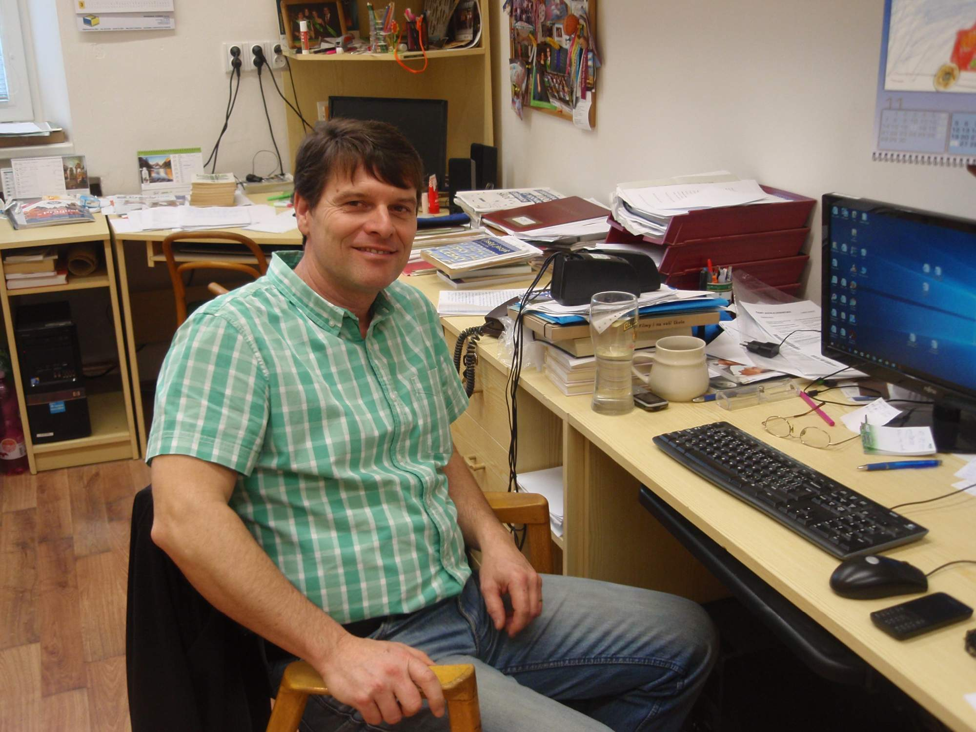 Milan Pilař ve svém kabinetu. Foto: Marie Majdičová