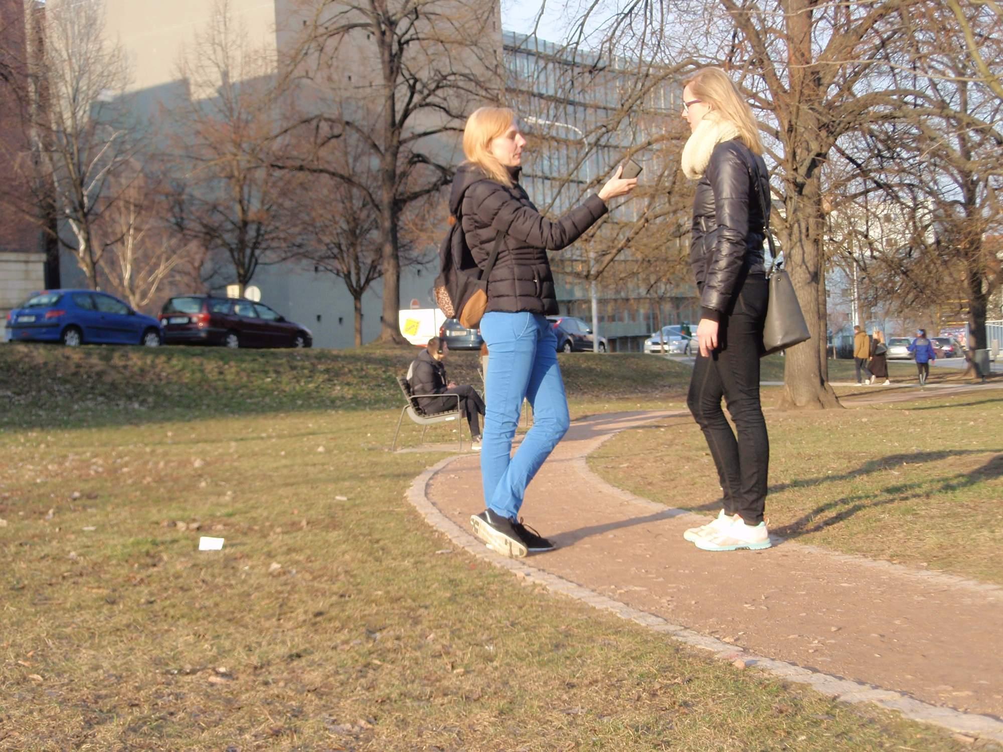 Lektoři často posílají studenty přímo do terénu. Ilustrační foto: Marie Majdičová