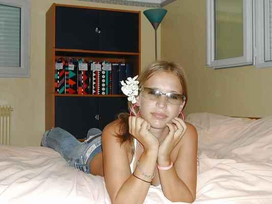 Přispějte mi prosím na tomto odkazu : https://www.paypal.com/donate?hosted_button_id=CLUH59A6K9FHS #Simona #alkohol #mejdan #sexy #žena #dívka #paní #slečna #ženská #holka #hezká #krásná #nádherná #smích #luxus #zábava #podprsenka #poprsí #prsa #prsy #ňadra #kozy #cecky #vemena #vemínka