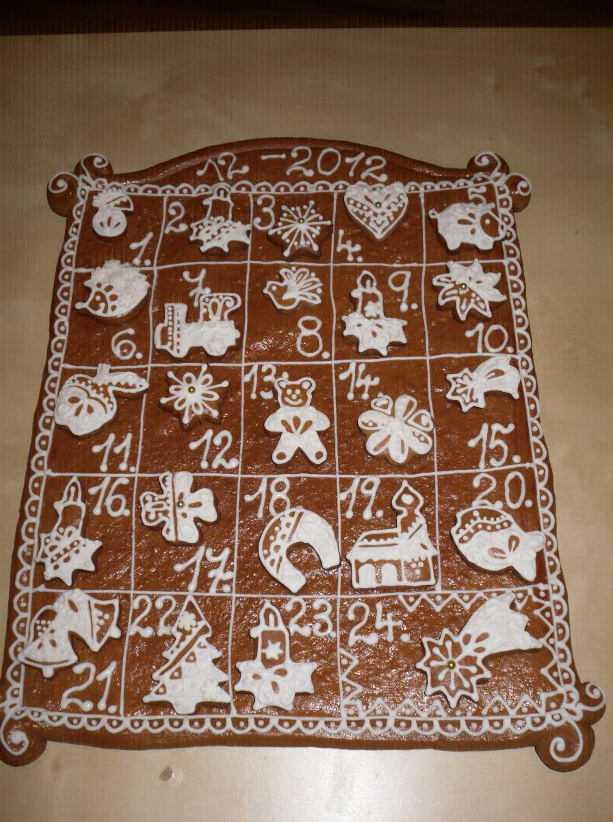 adventni kalendar z perniku Adventní kalendář z perníku – ruzistepi – album na Rajčeti adventni kalendar z perniku