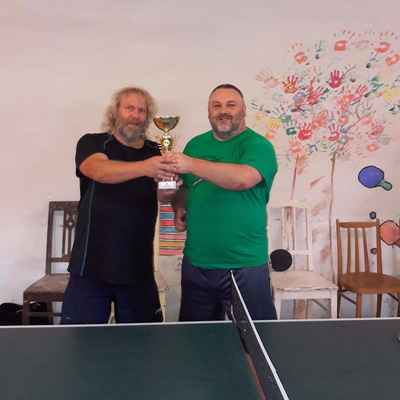 94 vítěz Jarda S. s pohárem Jirkovského děkanství pro rok 2017. Gratulujeme.