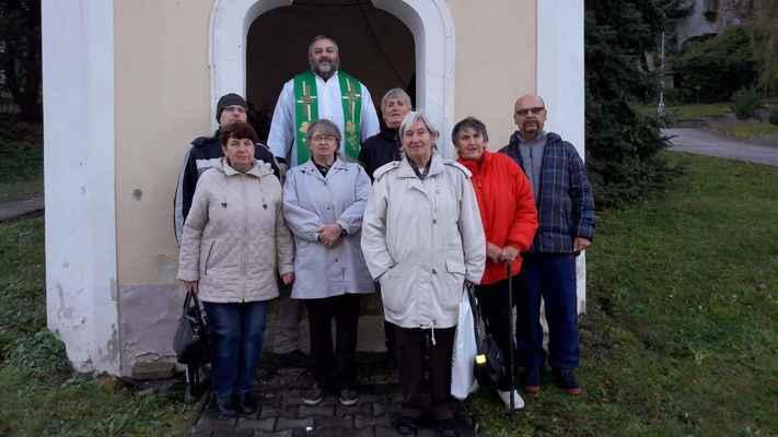 124 podzimní mše v kapli Panny Marie ve Vinařicích