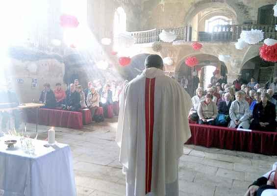 112 mše v Blatně,  promluva M. Dvouletého, duchovního správce