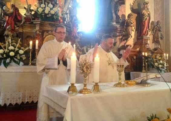 102 mše v kostele svatého Jiljí v Jirkově