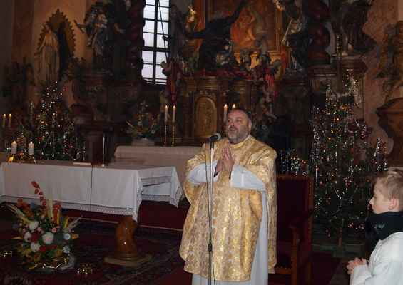 136 vánoční mše v kostele svatého Jiljí v Jirkově