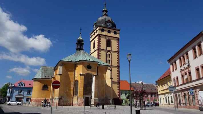52 děkanský kostel svatého Jiljí v Jirkově