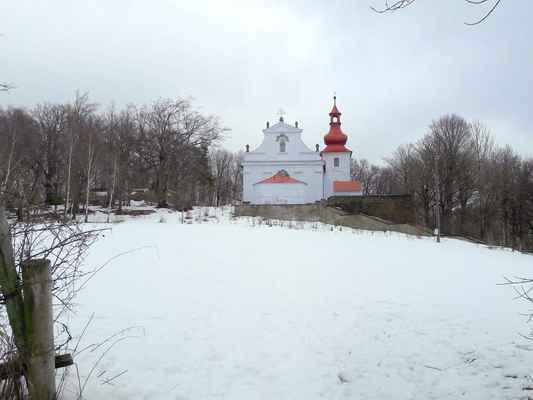 01 Zimní krajina kolem Květnova.